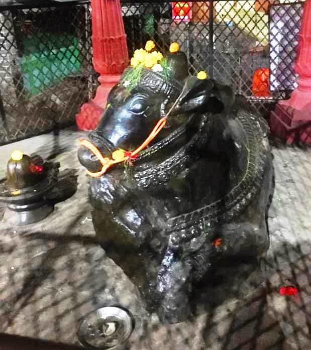 विनायक मंदिर में मूषक की प्रतिमा
